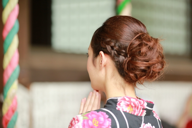 お団子髪型