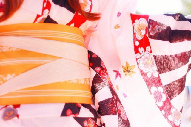 浴衣の帯の色