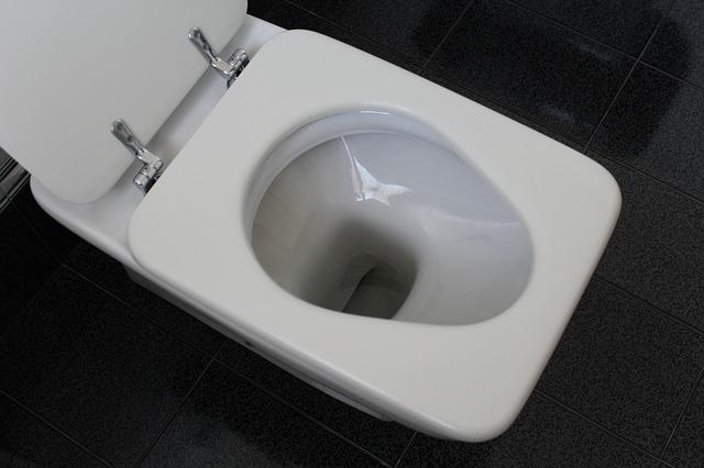 トイレ掃除が楽チンになる工夫を