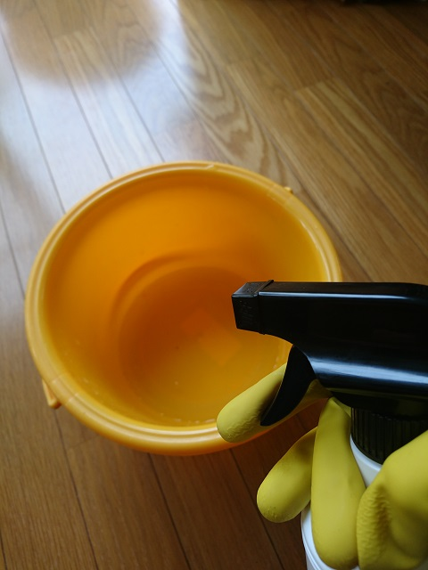 ウタマロを使った床掃除3