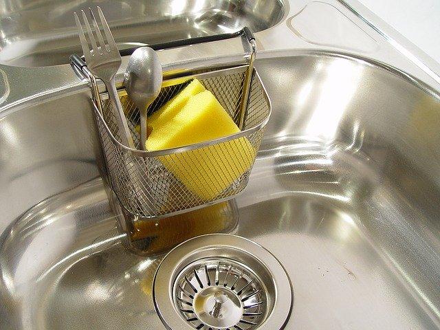 あなたのご家庭は?スタンダードな水筒の茶渋の取り方